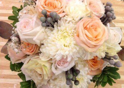 Floral Bouquet Peach White